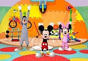 Clarabelle's Muffin Toss Cartoon Picture